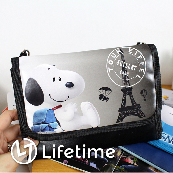 ﹝史努比側背手機包5.7吋﹞正版觸控手機包 絨毛 手提包 側背包〖LifeTime一生流行館〗B01783