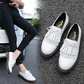 牛津鞋女 小皮鞋 新款女鞋英倫風系帶流蘇平底單鞋漆皮大碼皮鞋潮韓版女鞋子《小師妹》sm3323