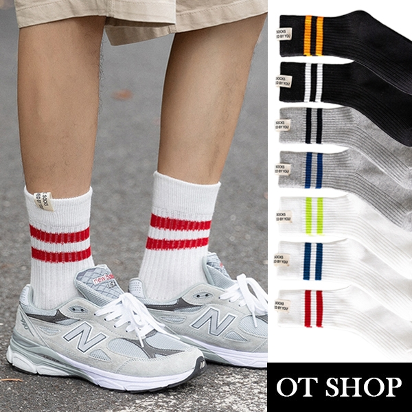 OT SHOP [現貨]襪子 男襪 中筒襪 長襪 運動襪 棉質 加厚 條紋 休閒運動風 街頭穿搭 白/灰/黑色 M1091