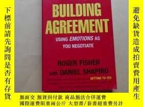 二手書博民逛書店Building罕見Agreement: Using Emotions as You Negotiate by D