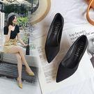 職業鞋低跟鞋 貓跟鞋女矮跟春季新款淺口高跟鞋尖頭絨面黑色低跟單鞋女3cm city精品