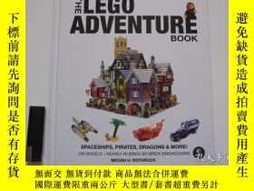 二手書博民逛書店The罕見Lego Adventure Book, Vol. 2