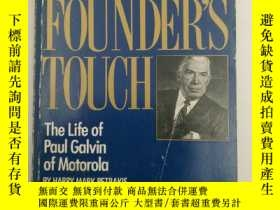 二手書博民逛書店The罕見Founder s Touch: The Life o