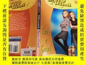 二手書博民逛書店two罕見of a kind 兩種一種、Y200392