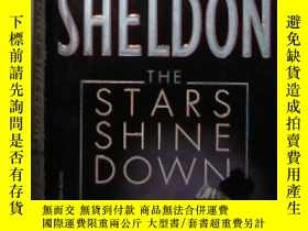 二手書博民逛書店英文原版罕見The Stars Shine Down by Si