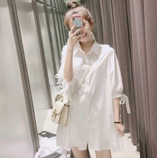EASON SHOP(GU7100)甜美白色短袖襯衫袖口蝴蝶結綁帶下擺拼接百摺裙連身裙洋裝女上衣服長版寬鬆白色