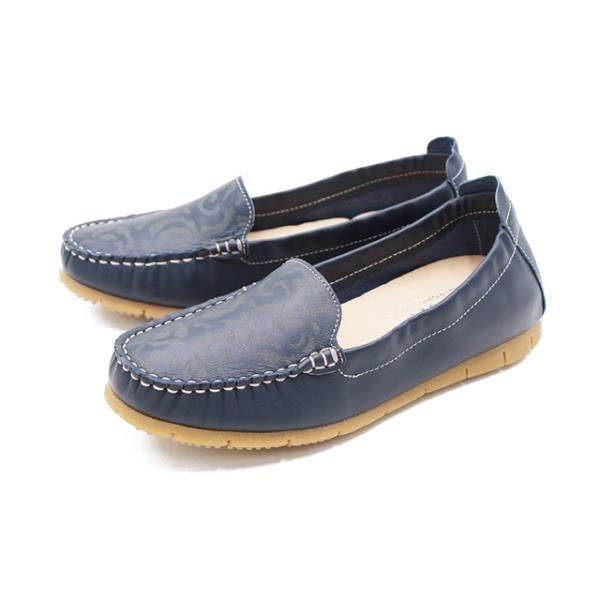 【南紡購物中心】WALKING ZONE(女) 柔軟壓紋樂福鞋莫卡辛女鞋-藍(另有紅.可可)