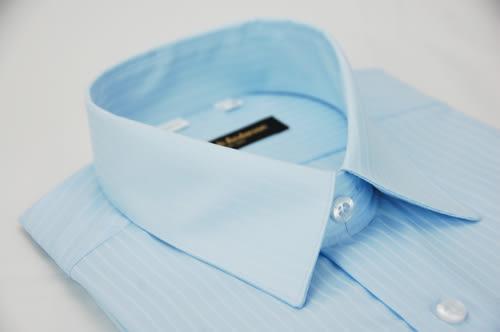 【金‧安德森】淺藍色易整燙窄版長袖襯衫
