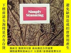 二手書博民逛書店SIMPLY罕見STUNNING : 200 YEARS OF