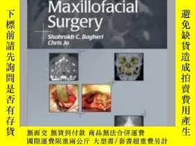 二手書博民逛書店Clinical罕見Review of Oral and Maxillofacial Surgery [With