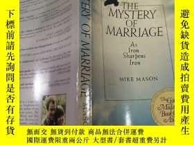 二手書博民逛書店THE罕見MYSTERY OF MARRIAGE(婚姻的奧秘)外文版Y212829