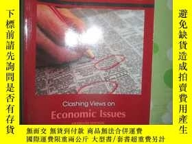 二手書博民逛書店Economic罕見Issues:Clashing Views