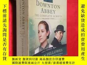 二手書博民逛書店Downton罕見Abbey Script Book Seaso