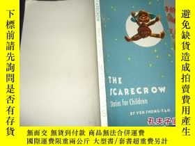 二手書博民逛書店THE罕見SCARECROW A COLLECTION STOR