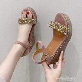 網紅涼鞋女夏2020新款仙女風高跟厚底楔形防水台鬆糕厚底一字帶羅馬鞋 雙十一全館免運