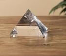 天然白水晶金字塔能量發生器