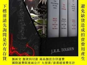 二手書博民逛書店The罕見Middle-earth Treasury: The Hobbit and The Lord of th