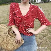 夏季女裝氣質波點荷葉邊雪紡衫短袖洋氣小衫短款V領仙女上衣 可可鞋櫃