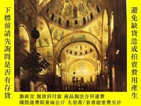 二手書博民逛書店The罕見Basilica of St. Mark in Ven