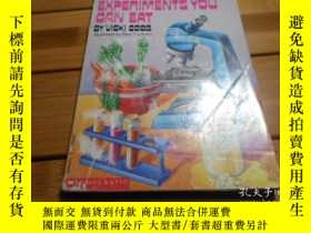 二手書博民逛書店SCIENCE罕見EXPERIMENTS YOU CAN EAT