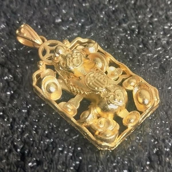 純金鎔鍍磨砂工藝黃銅實心金牌貔貅項鏈(附50公分編織繩)