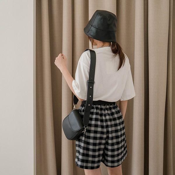 現貨-MIUSTAR 大腿顯瘦!附腰帶鬆緊腰格紋厚料短褲(共2色)【NJ0422】