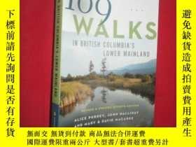 二手書博民逛書店109罕見Walks in British Columbia s