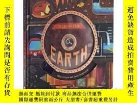 二手書博民逛書店地球罕見英文原版 Slide-N-Seek Earth 認知啓蒙
