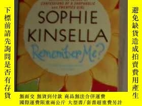 二手書博民逛書店英文原版罕見Remember Me? by Sophie Kin