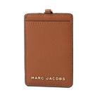 美國正品 MARC JACOBS 魚子醬皮革識別證掛帶票卡夾-焦糖色【現貨】
