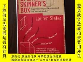 二手書博民逛書店Opening罕見Skinner s Box: Great Psychological Experiments o