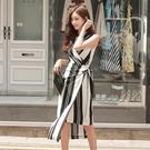 無袖洋裝小禮服 2021夏季韓版女裝交叉v領不規則條紋無袖束腰系帶休閑時尚連身裙