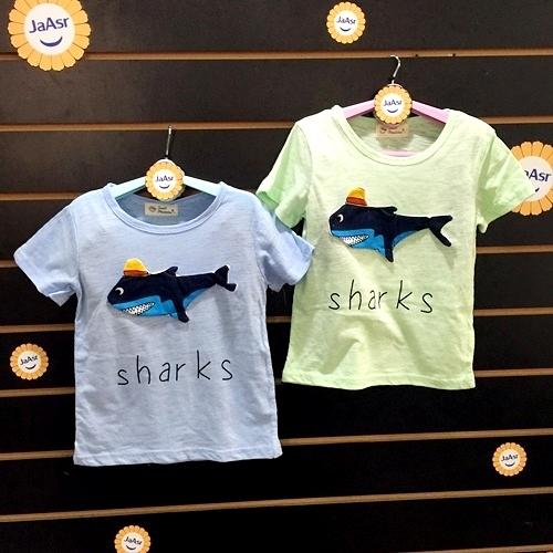 ☆棒棒糖童裝☆(A713804)夏男童童趣立體鯊魚竹節棉上衣 5-15 藍;綠