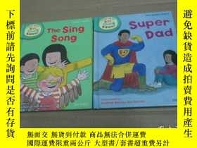 二手書博民逛書店READ罕見WITH BIFF CHIP & KIPPER--The Sing Song  Super Dad 2