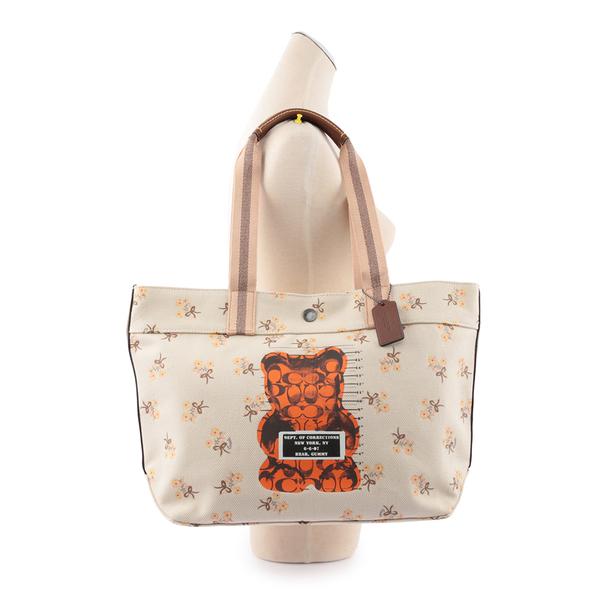 【COACH】Vandal Gummy小熊圖案肩背包(米白色) F76650 QBCAH