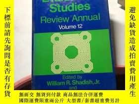 二手書博民逛書店Evaluation Studies Review罕見Annua