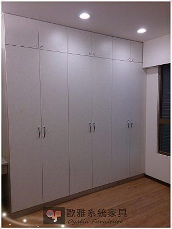 【系統家具】系統家具 / 全室規劃 / EGGER 主臥系統衣櫃 特價:41675