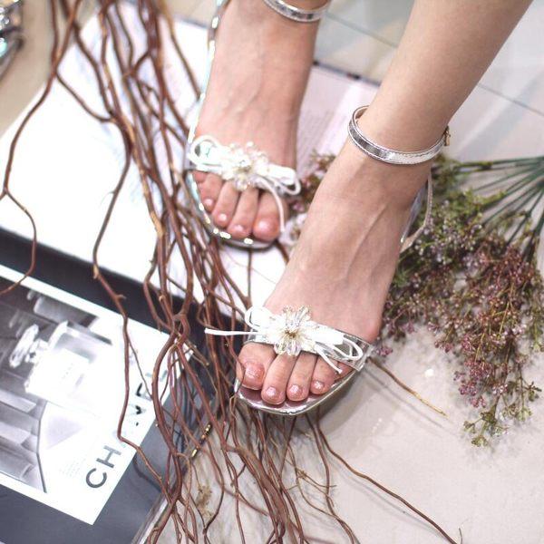 串珠鋯石水鑽花漆皮牛筋底露趾中跟百搭女涼鞋 -yrre00255