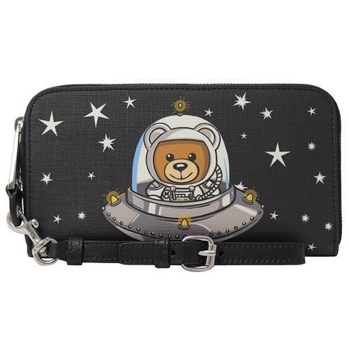 茱麗葉精品【新進品牌 獨家價】 MOSCHINO 2T8142 太空系列星星泰迪熊手提式拉鍊長夾.黑