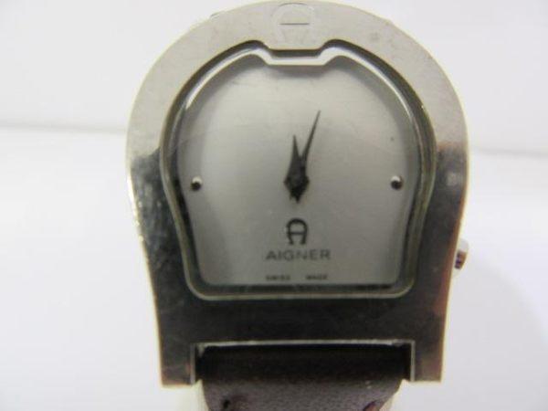 AIGNER 愛格納 白色面盤咖啡色皮錶帶石英腕錶 【BRAND OFF】
