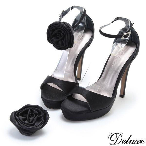 【Deluxe】法式優雅緞面活動花型高跟鞋(黑)