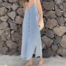 2021夏韓風chic超仙甜美洋氣減齡單排扣氣質小性感V領吊帶牛仔裙 依凡卡時尚