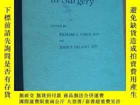 二手書博民逛書店Controversy罕見in Surgery (外科學中有爭論的問題-內部交流本) 精裝大16開Y14681
