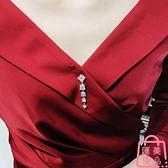胸針防走光領扣開衫針女圍巾領針小胸針別針【匯美優品】