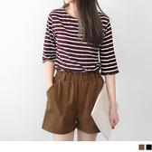 OB嚴選《BA2982-》素面立體口袋造型腰圍鬆緊短褲.2色--適 S~XL