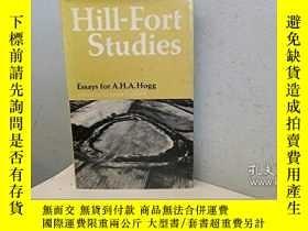 二手書博民逛書店Hill罕見Fort Studies: Essays for A