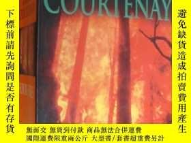 二手書博民逛書店Four罕見Fires 英文原版36開1048頁 澳大利亞文學Y