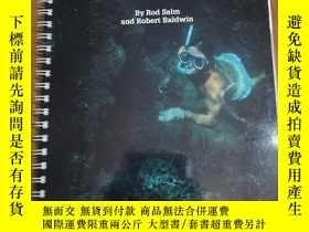 二手書博民逛書店Snorkelling罕見and Diving in Oman