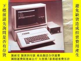 二手書博民逛書店Learning罕見Basic System Specifics: Apple IIEY252403 Carl