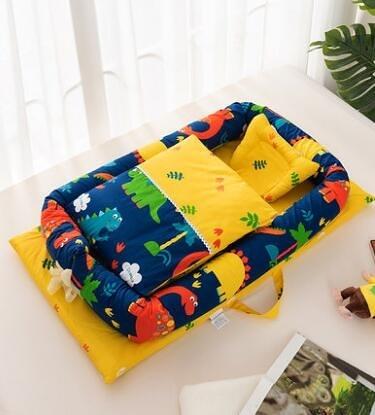 新生兒嬰兒仿生子宮床寶寶小睡窩床上